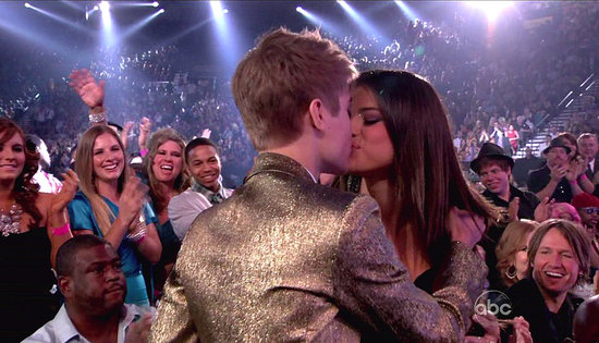 justin bieber and selena gomez billboard awards kissing. Pictures of Justin Bieber and
